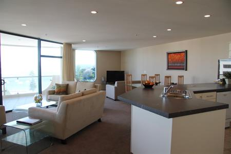 Harbourside 2 Bedroom Apartment - SUMMER