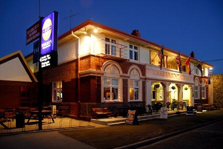 Ranfurly Lion Hotel