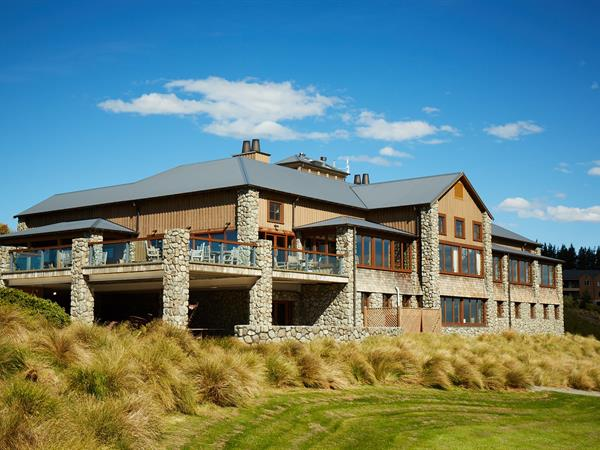 Terrace downs resort christchurch hotel resorts spas for Terrace downs