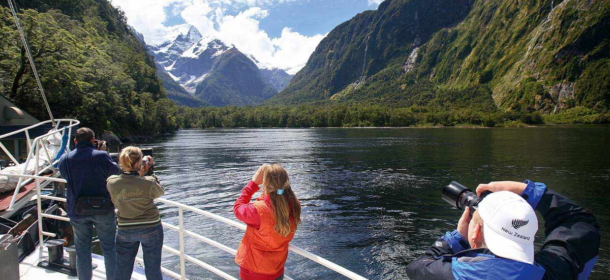 Milford Sound - Coach - Cruise