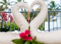 Just Married Muri Magic