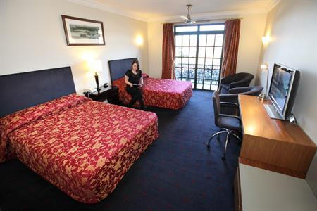 Superior Hotel Rooms
