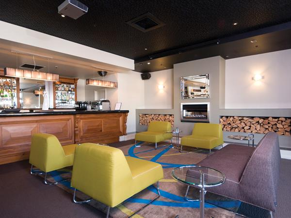 Bar One7Five