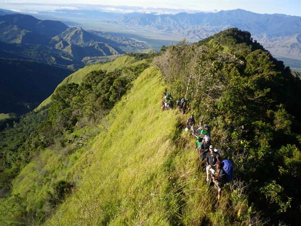 Shaggy Ridge Trek