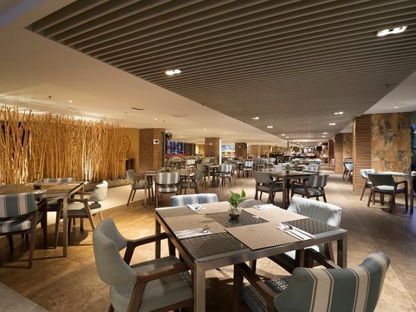 Swiss-Cafe™ Restaurant Swiss-Belhotel Tuban