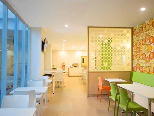 Citruz™ Kitchen & Bar Zest Bogor
