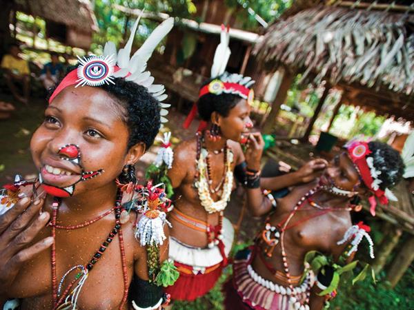 Sepik River Crocodile & Apanagai Village Yam Festival PNG Trekking Adventures - PNG Culture