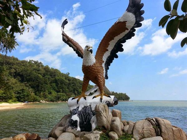 Sinka Island Park and Sinka Zoo Swiss-Belinn Singkawang