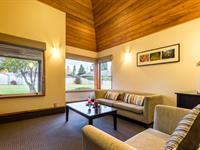Deluxe Two Bedroom Villa Distinction Te Anau Hotel & Villas