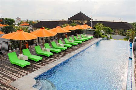 Surabaya Zest Hotel Legian