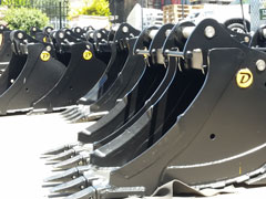 Tiltrotators and Powerdig Series Buckets to be a Hit at Show