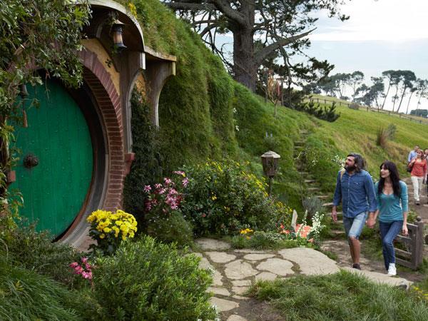 Hobbiton™ Movie Set IUHPE c/o The Conference Company