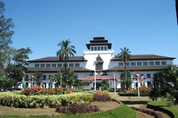 Experiences Around Zest Hotel Sukajadi Bandung