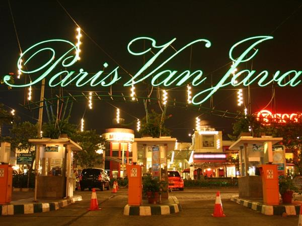 Paris Van Java Mall Zest Sukajadi Bandung