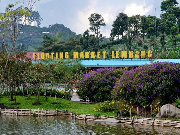 Floating Market Lembang Zest Hotel Sukajadi Bandung