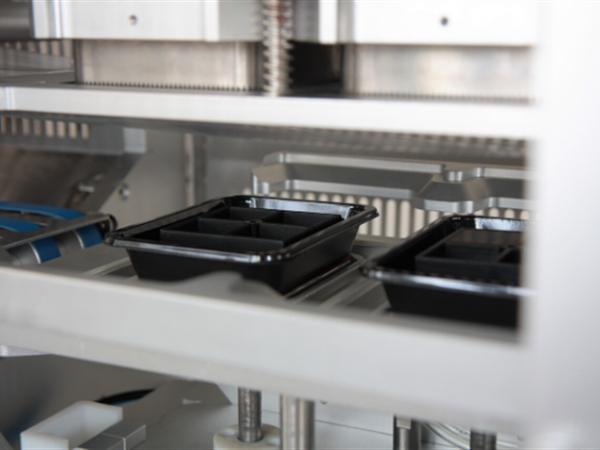 ENDURO Inline Tray Sealer Contour Packaging