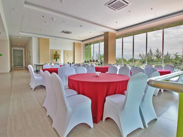 Ruang Pertemuan Zest Harbour Bay, Batam