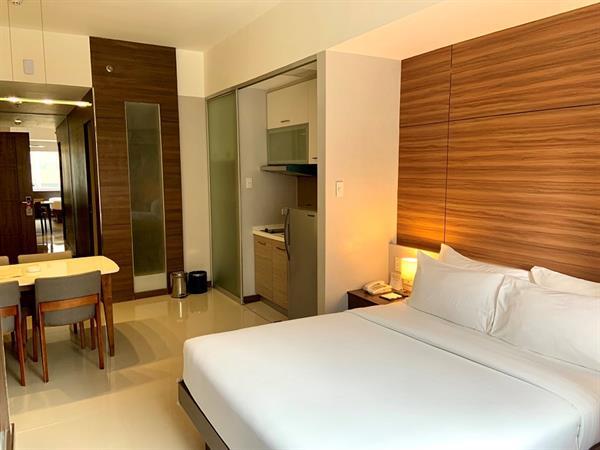 Premier Rooms Valero Grand Suites by Swiss-Belhotel Makati