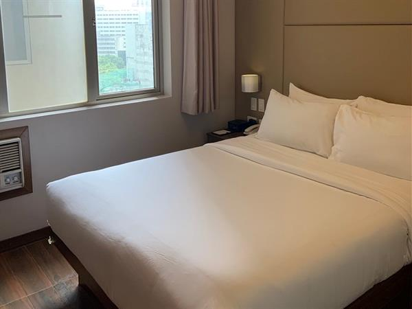 One Bedroom Suites