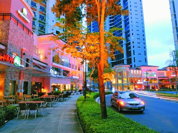 Bonifacio Global City Valero Grand Suites by Swiss-Belhotel Makati