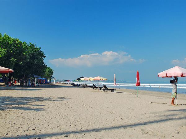 Legian Beach Zest Legian, Bali