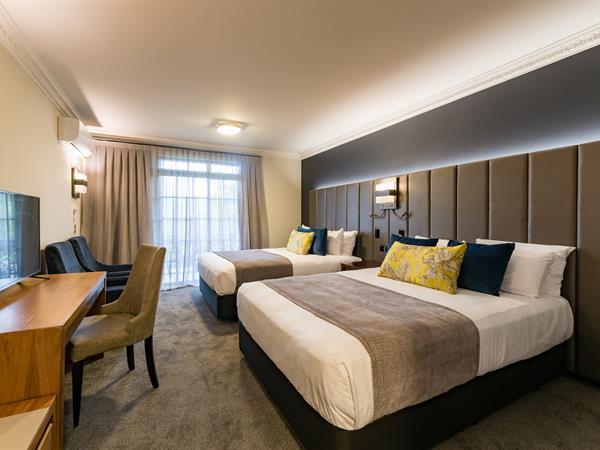 Deluxe Twin Hotel Room Distinction Rotorua Hotel & Conference Centre