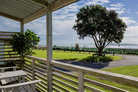 Standard Studio 5 & 7 Oakura Beach Holiday Park