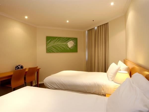Deluxe Two Bedroom Ensuite Apartment (Twin)