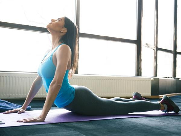 Simple Stretches to Minimise Muscle Pain for Busy Travellers