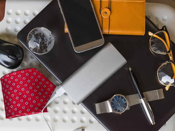 9 Must Have Business Travel Accessories