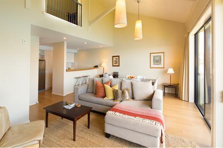 3 Bedroom Lakefront Villa