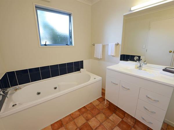 1 Bedroom Unit Gateway Motor Inn