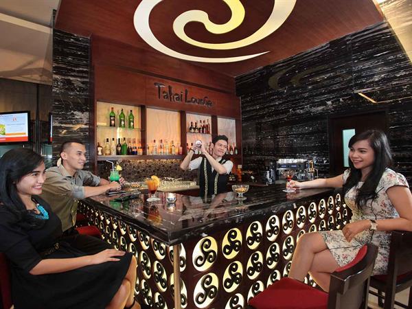 The Lobby Lounge Bar Swiss-Belhotel Danum Palangkaraya