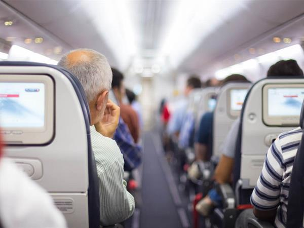 6 Tips for Landing the Best Seat on a Plane