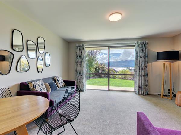 5 Bedroom Serviced Villa Distinction Wanaka Alpine Resort