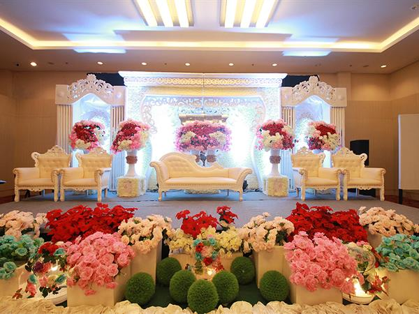 Wedding packages swiss belinn balikpapan wedding packages swiss belinn balikpapan wedding packages swiss belinn balikpapan junglespirit Image collections