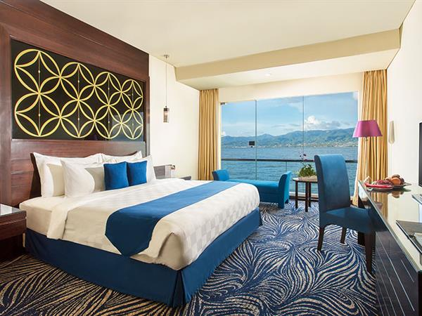 Grand Deluxe Room Swiss-Belhotel Silae Palu