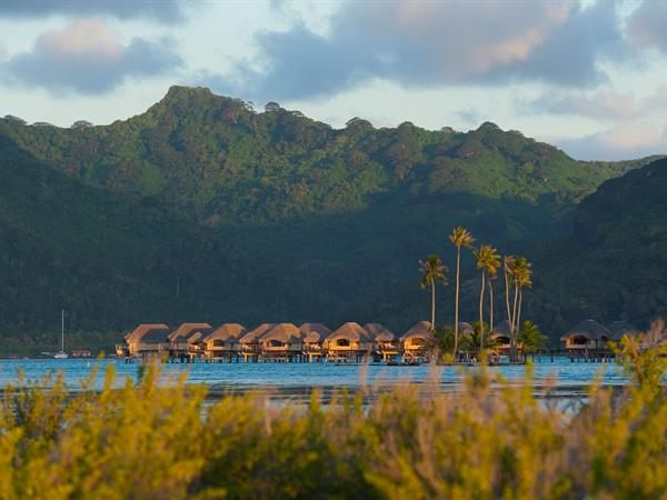 Pop Sugar - Where Will Prince Harry and Meghan Markle Honeymoon? We Might Have the Answer Le Taha'a Island Resort & Spa