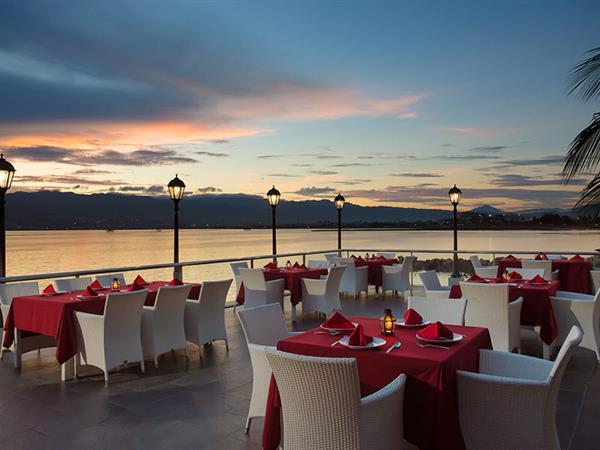 Patio Terrace Swiss-Belhotel Silae Palu