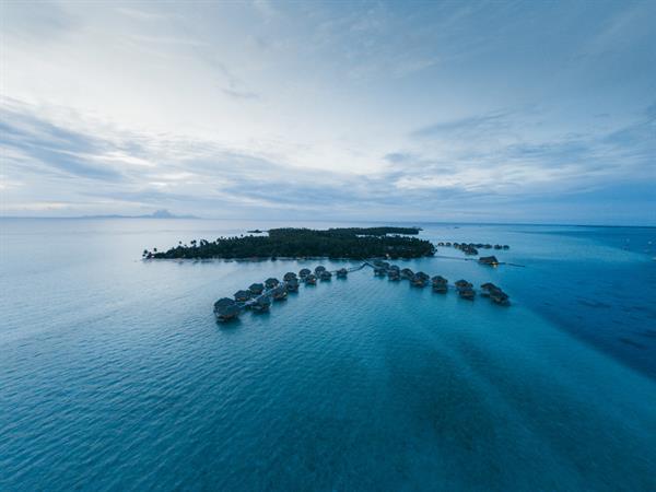 World of Wanderlust - Forget Bora Bora, this is Tahiti's most luxurious resort Le Taha'a Island Resort & Spa