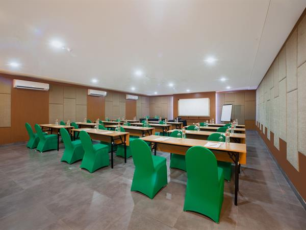 Ruang Meeting Swiss-Belexpress Kuta, Legian