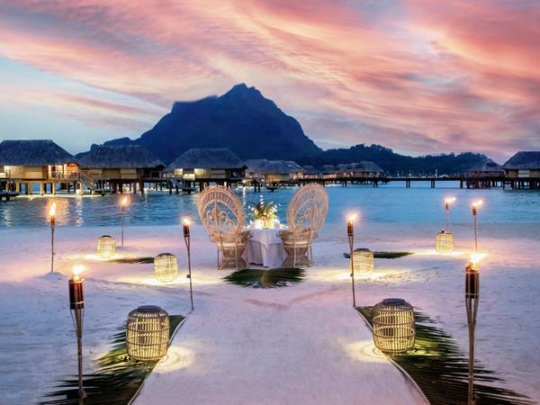 The Beach Dinner Le Bora Bora by Pearl Resorts
