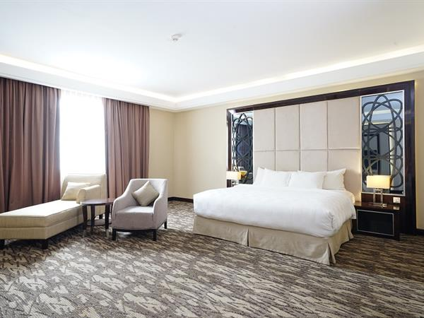 Grand Deluxe