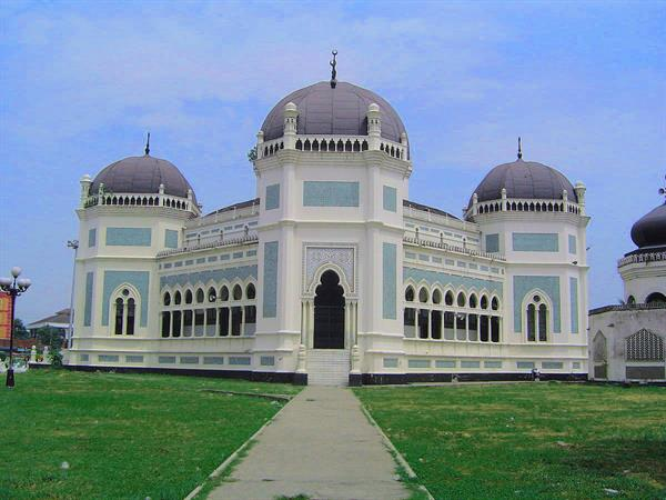 Great Mosque of Medan Swiss-Belinn Medan