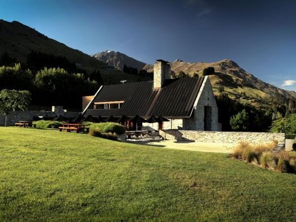 Wineries Swiss-Belsuites Pounamu, Queenstown, New Zealand