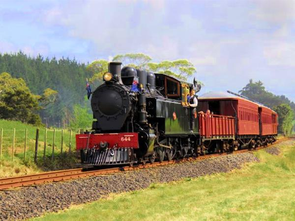 Glenbrook Vintage Railway Tours Swiss-Belsuites Victoria Park, Auckland, New Zealand