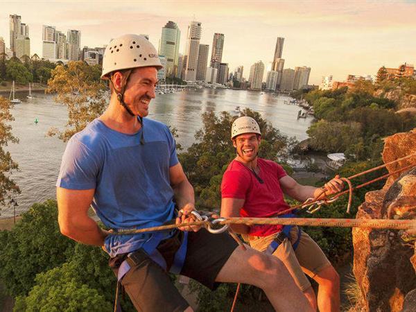 Rock Climbing & Abseiling Swiss-Belhotel Brisbane