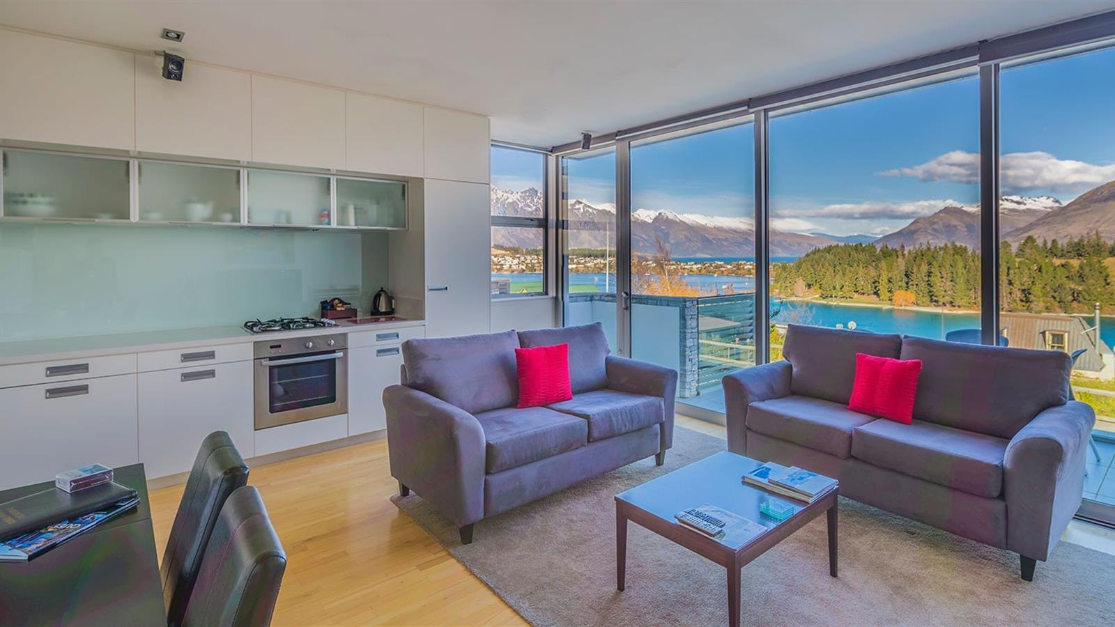 2 Days in Heaven and save 20%! Swiss-Belsuites Pounamu Queenstown