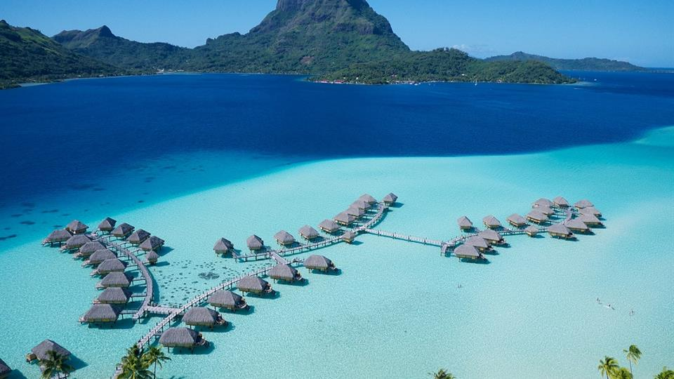 Bora Bora Pearl Beach Resort Spa 4 Star Hotel In Bora