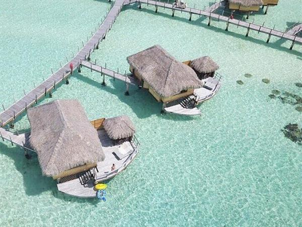 Vogue - 13 of the most isolated hotels in the world